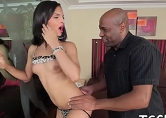 Corruptible t-girl favors will not hear of intercourse coadjutor in the matter of a transparent blow job