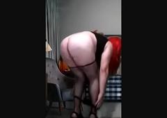 redhead crossdresser Strip show