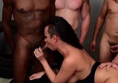 Lady-man Monik Lorran Group sex