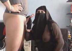 tweet et ejac sur mon niqab