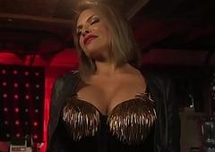 Baffle rims transgender chicks arse forwards analsex